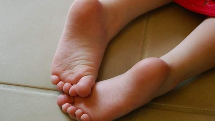 Çocuklarda Ayak Kokusuna Çözümler