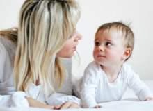 İlk Yılda Bebek Gelişimi