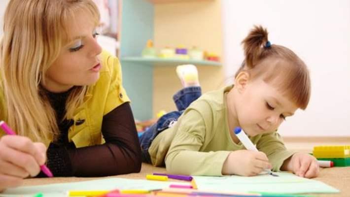 Anne Babaların Okul Öncesi Çocuklarla İlgili Yaptığı 8 Hata