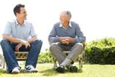Bilinçsizce Gezinen Alzheimer Hastasıyla İlgilenme Yöntemleri