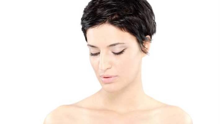 Kısa Saç Sizi Hayal Kırıklığına Mı Uğratıyor? Saçınızın Uzaması İçin Saç Bakım Önerileri!
