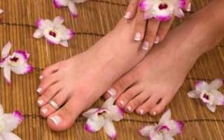 Ayaklarınızın Daha Güzel Olması İçin Fransız Pedikürünü Tercih Edin