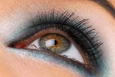 Ela Gözler İçin En İyi Göz Makyajı