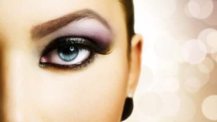Mavi Gözler İçin Makyaj Önerileri: Gözlerinizi Tamamlayan Renkler