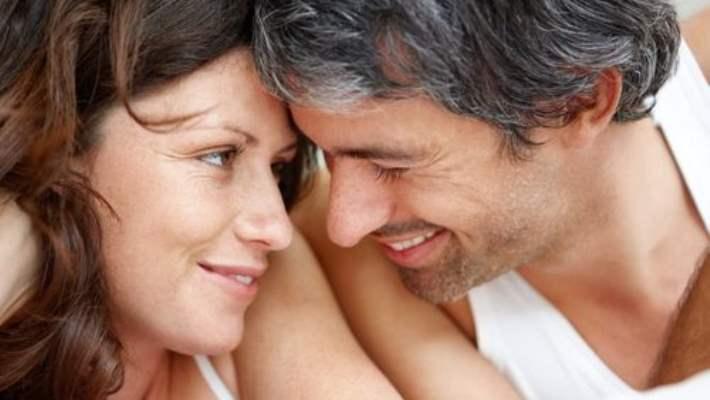 Sarılmak Uzun Süreli İlişkilerin Anahtarı Olabilir