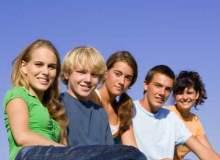 Ergenlikteki okul başarısı düşen çocuğa nasıl davranılmalı?