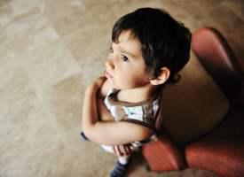 Erkek çocuklarda erken ergenliğin belirtileri nelerdir?