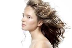 Saç Stilinizi Mi Değiştirmek İstiyorsunuz?