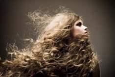 Daha Hacimli ve Uzun Saçlara Sahip Olmanın 7 Sırrı