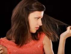 Saçlarınızın  Canlı ve Harika Görünümünü Korumak için Nemlendirin