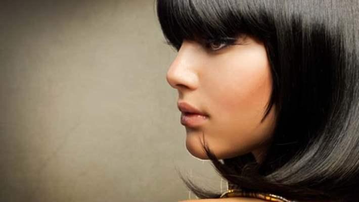 Siyah Renk Saç Boyasını Kuaföre Gitmeden Çıkartmanın Yolları