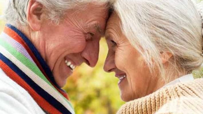 Yaşlanmak Cinselliği Mutlaka Etkiler Mi?