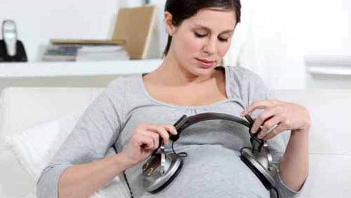 Anne Karnındaki Bebek Üzerinde Müziğin Bir Etkisi Var Mıdır?