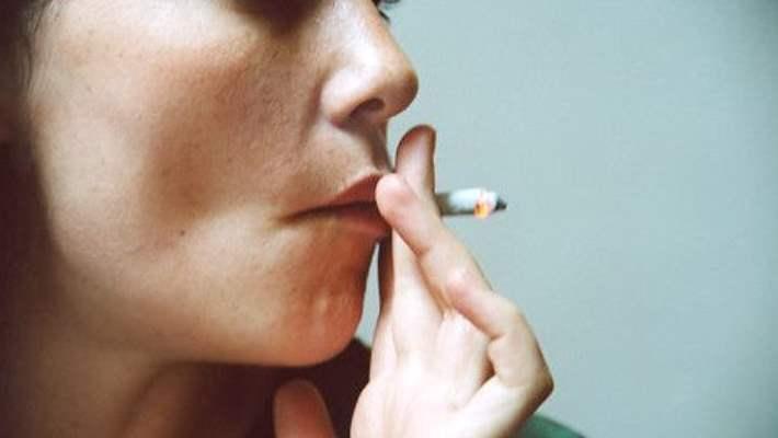 Sigara Erken Menopoza Neden Oluyor
