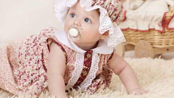 Bebek Cildine En İyi Gelen Kumaşlar Hangileridir?