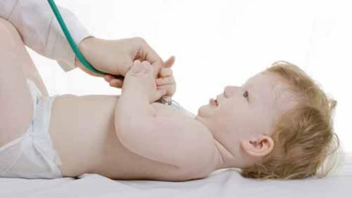 Bebeklere Fitil Konması Hangi Sorunlara Neden Olur?