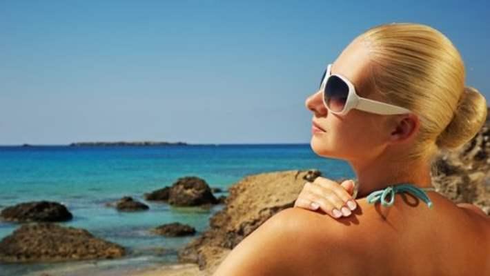 Kadınlar Güneşten Yeterince Korunmuyor