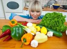 Menopoz dönemine giren kadınlar nasıl beslenmeli?