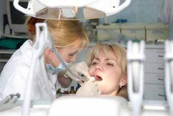 Diş çekilirken anesteziye rağmen acı duymak mümkün mü?