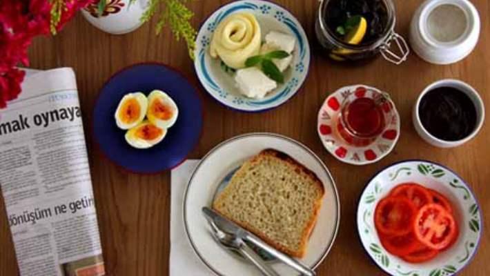 Kilo Vermek İçin Sabah Kahvaltısında Neler Yenmeli?