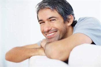 Gülüş estetiğinde dişlerde hangi işlemler yapılır?