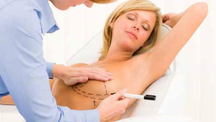 Göğüs İmplantı Kansere Neden Olur Mu?