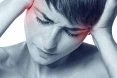 Migren kadınların beynine zarar vermiyor