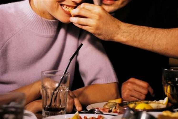 Yiyecekleri İyi Çiğnememe