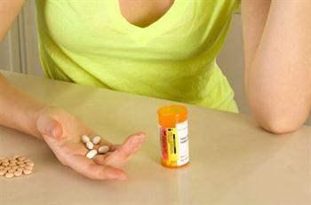 B12 Vitamini Eksikliğine Bağlı Anemi