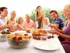 Aile Yemeği: Beslenme ve Besleme