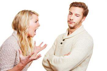 Partnerinizin Şiddete Eğilimli Olduğunu Nasıl Tespit Edersiniz