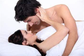 Orgazm Olmasına 6 Şekilde Yardımcı Olun