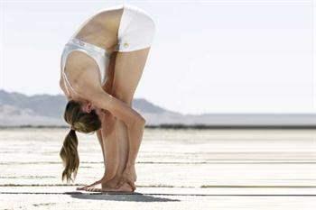 Pratik Yoga Hareketleri İle Selülitlerden Kurtulun