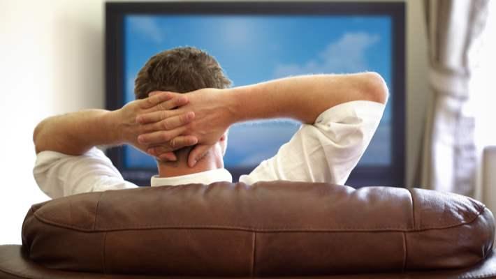 Çok Fazla Oturmak Erkeklerde Kolon Polipi Riskini Artırıyor