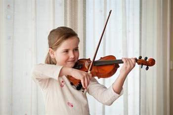 Çocuklukta Müzik Eğitimi Yetişkinlikte Beyni Güçlendiriyor