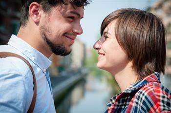 Mutlu bir ilişki için ne yapmalıyız?
