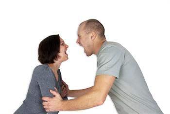 İlişkinizi bitirmeniz gerektiğini gösteren 10 işaret