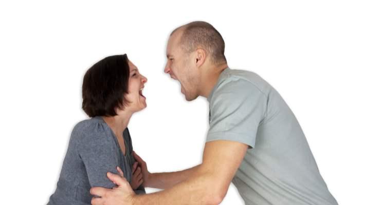 İlişkinizi Bitirmeniz Gerektiğini Gösteren 10 İşaret