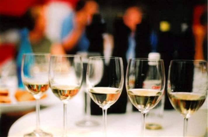 Efsane: En İyisi Şaraptır