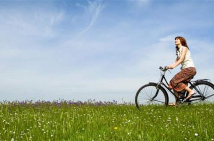1. Bisiklete binin.